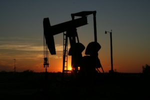Oljeplattform för oljepris